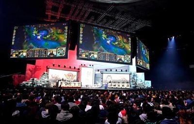 París se prepara para acoger la gran final del videojuego 'League of Legends'
