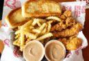 El popular restaurante de pollo Raising Cane abrirá la ubicación de Rocky River el próximo mes