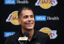 Los Lakers se extienden, promueven Rob Pelinka