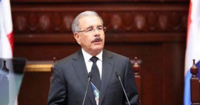 Presidente Medina designa nuevos cónsules en España, Italia,