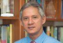 Economista sugiere ley para congelar precios de artículos básicos durante emergencia nacional
