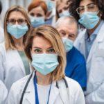 ¿Por qué hay tantos sanitarios contagiados de coronavirus?