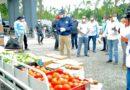 Abinader lleva donaciones a San Antonio de Guerra; realizan fumigación y limpieza