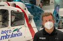 Gonzalo Castillo entrega mascarillas N95 y litros de alcohol al CESAC para enfrentar al COVID-19