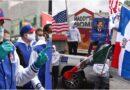 Médicos de SOMOS y comunitarios con banderas a media asta por