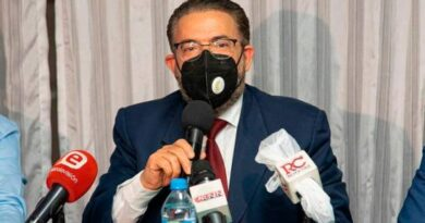Guillermo Moreno exhortó a los nuevos legisladores a seguir el ejemplo y