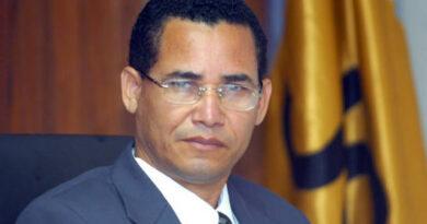 Diputados respaldan a Eddy Olivares para presidente de JCE