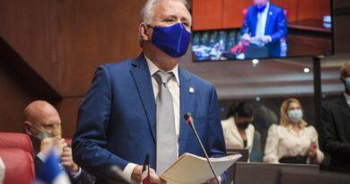 Senado convoca a Luis Henry Molina y miembros del Poder Judicial para que expliquen problemas de audiencias virtuales