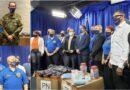 Policías dominicanos de Nueva York entregan cientos