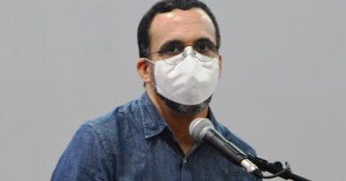 Andrés Navarro ve señales de persecución política en sometimiento a exfuncionarios