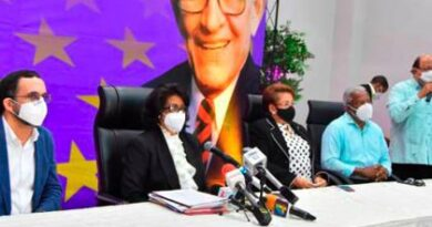 946 candidatos aspiran a ser miembros del Comité Central del PLD