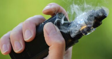 La lesión pulmonar por cigarrillos electrónicos o vapeo puede