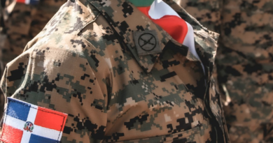 ALERTA ; Ejército advierte sobre banda que usa replicas militares durante atracos en municipios de Santiago