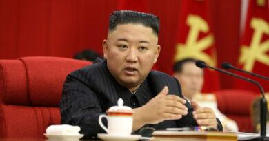 Kim Jong-un afirma que Corea del Norte debería estar preparada «tanto para el diálogo como para la confrontación» con EE.UU.