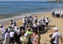 Medio Ambiente limpia más de 100 playas por el Día