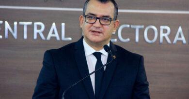 Presidente JCE considera en diálogo por 13 reformas se debe abordar tema del narco en la política