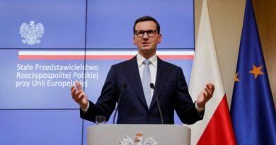 """El primer ministro de Polonia advierte que si la UE comienza """"la tercera guerra mundial"""" responderá con todas las armas """"disponibles"""""""